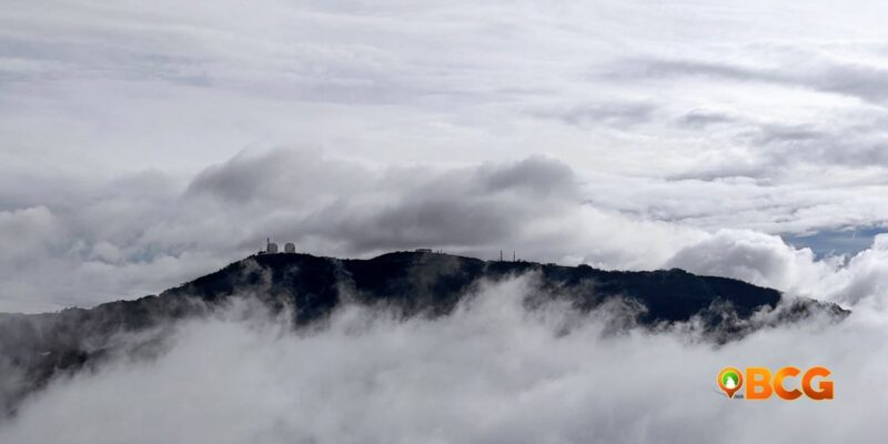 Sto. Tomas Mountain with clouds as featured image for weather in baguio april 17, 2021